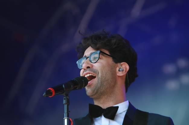 Warf sich in Schale Pegasus-Sänger Noah Veraguth.  lej