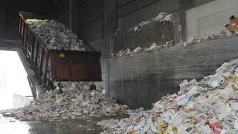Die Papierfabrik muss über acht Millionen Franken für die Beseitigung von Altlasten bezahlen (Symbolbild)