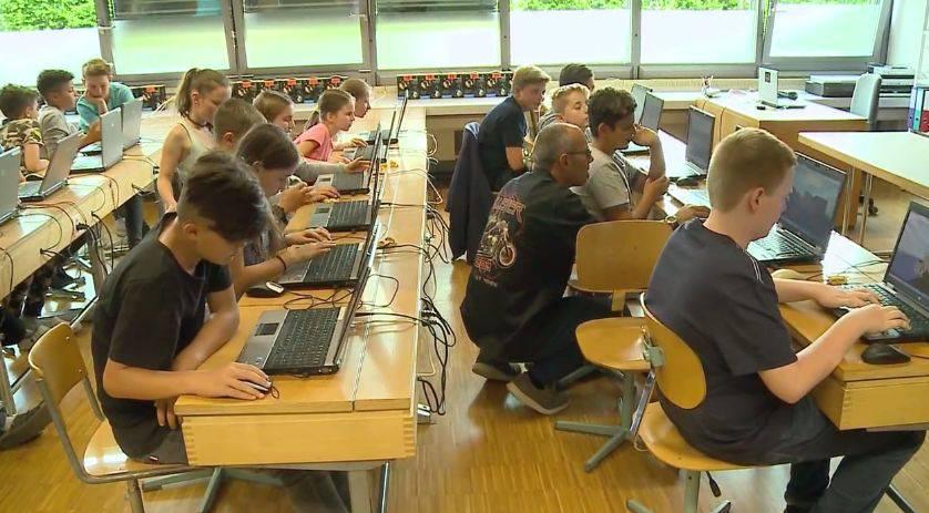 Solothurner Kinder lernen Programmieren