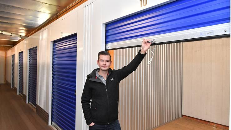 Roland Küpfer vor einer der wenigen leeren Mietboxen in Trimbach: «Wir haben vieles selbst umgebaut.»Bruno Kissling