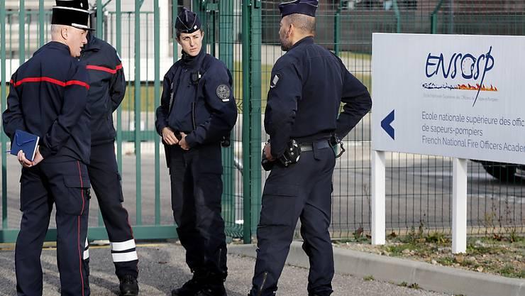 Platz für Evakuierte aus dem Coronavirus-Gebiet in China: Frankreich richtete in einer Feuerwehrakademie in Aix-en-Provence bei Marseille Quarantäne-Unterkünfte ein.
