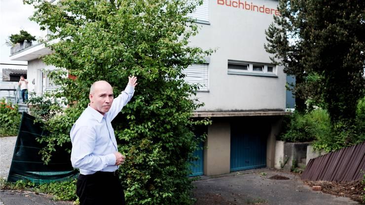 Marcel Spörri, Sprecher der Petitionäre, ist enttäuscht, dass eine Wohnung in der Liegenschaft an der Industriestrasse in ein Erotikstudio umgenutzt werden kann.