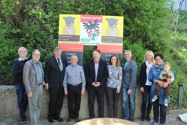 Von links nach rechts: Hans-Paul Müller, Otto Wertli, Peter Roschi, Peter Müller, Hugo Wasser, Rahel Schaffner, Michael Wittwer, Gabi Schwaller, Priska Ruoss