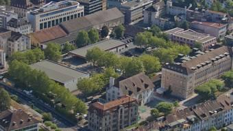 Das Aarauer Kasernenareal soll Fussgängern und Velofahrerinnen offen stehen. (Archiv)
