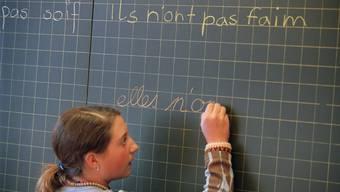 Aargauer Schülerinnen und Schüler schliessen die obligatorische Schule vermehrt nach neun Jahren ab