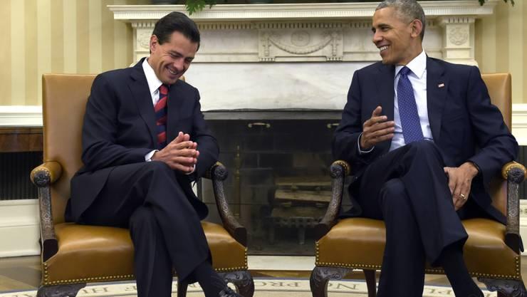 Der mexikanische Präsident Enrique Peña Nieto und US-Präsident Barack Obama demonstrieren Einigkeit.
