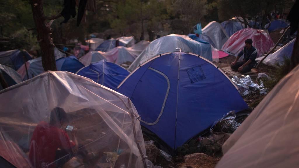 23 Minderjährige aus griechischen Lagern kurz vor der Einreise in die Schweiz