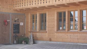 Der Zelgli-Träff auf dem Hof der Familie Reusser.
