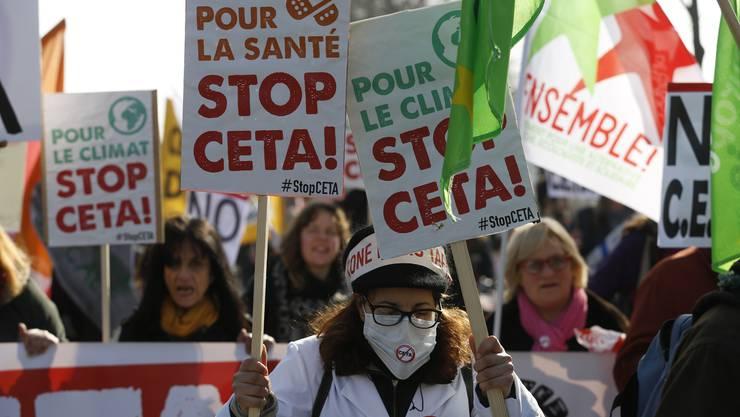 Vor dem EU-Parlament in Strassburg kam es rund um die Abstimmung zu Protesten.