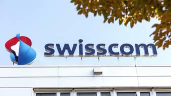 Die Swisscom hat 2020 bisher weniger verdient als noch vor einem Jahr.