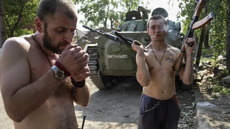 Prorussische Rebellen im Gebiet von Donezk im Osten der Ukraine (Archiv)