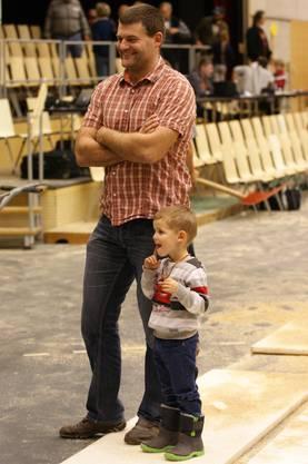 Sieger Edi Kündig mit Sohn Tim.