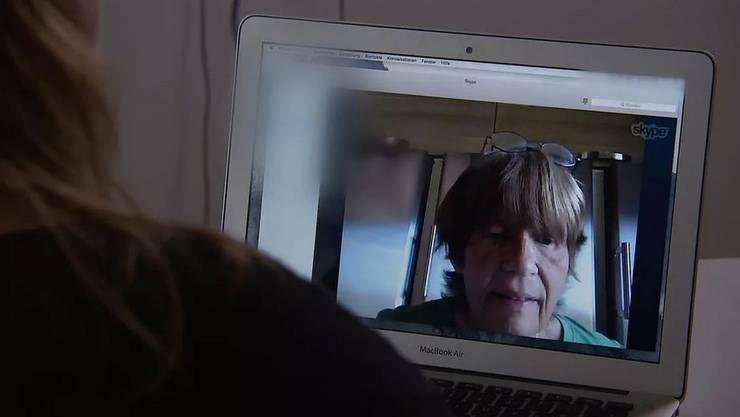 Die Rundschau im Skype-Gespräch mit der flüchtigen Grossmutter.
