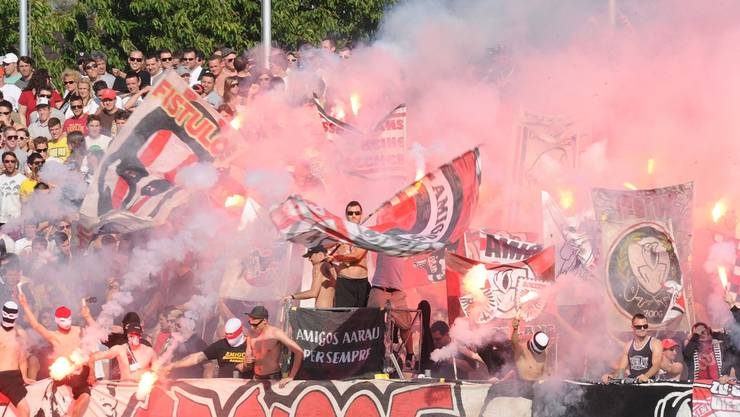 Heimfans dürfen im Stadion festgehalten werden, bis die auswärtigen Fans abgereist sind.Foto-net/A. Wagner
