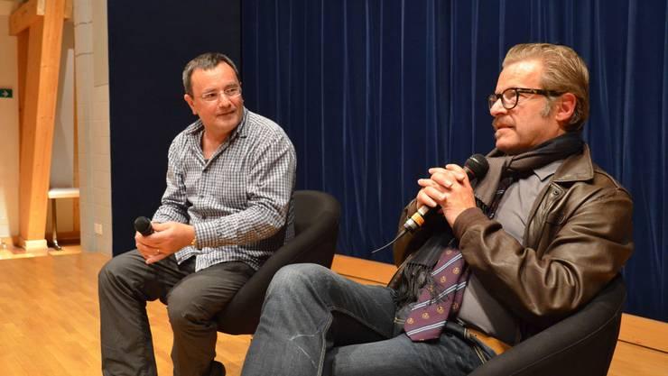 Roland Koch (rechts) bei der Tatort-Vorpremiere in Muri. Es