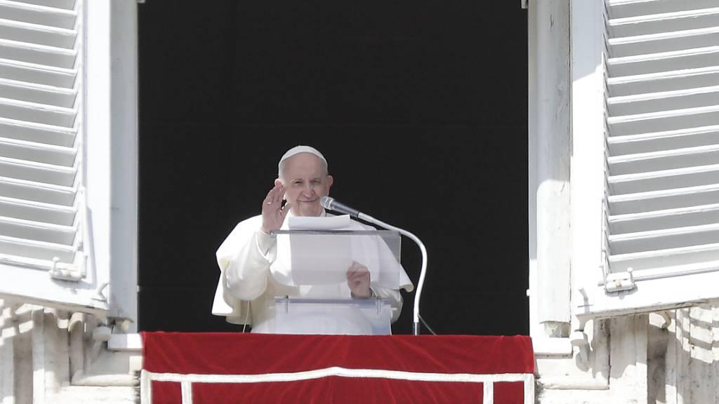 Gänswein hält Spekulationen über Papst-Emeritierung für sinnlos