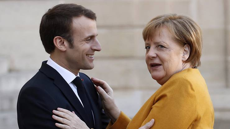 Die deutsche Kanzlerin Angela Merkel und der französische Präsident Emmanuel Macron sind bereit, Grossbritannien für den EU-Austritt mehr Zeit zu geben. Das sagte sie am Mittwoch bei einem Treffen in Paris.