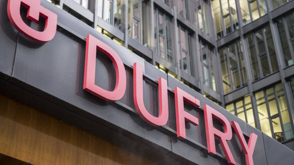Ist mit einem flotten Tempo ins neue Jahr gestartet: Der Reisedetailhändler Dufry ist im ersten Quartal aus eigener Kraft um 7,2 Prozent gewachsen. (Archiv)