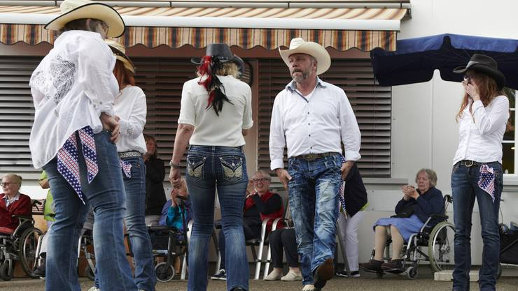 Western Line-Dance Show