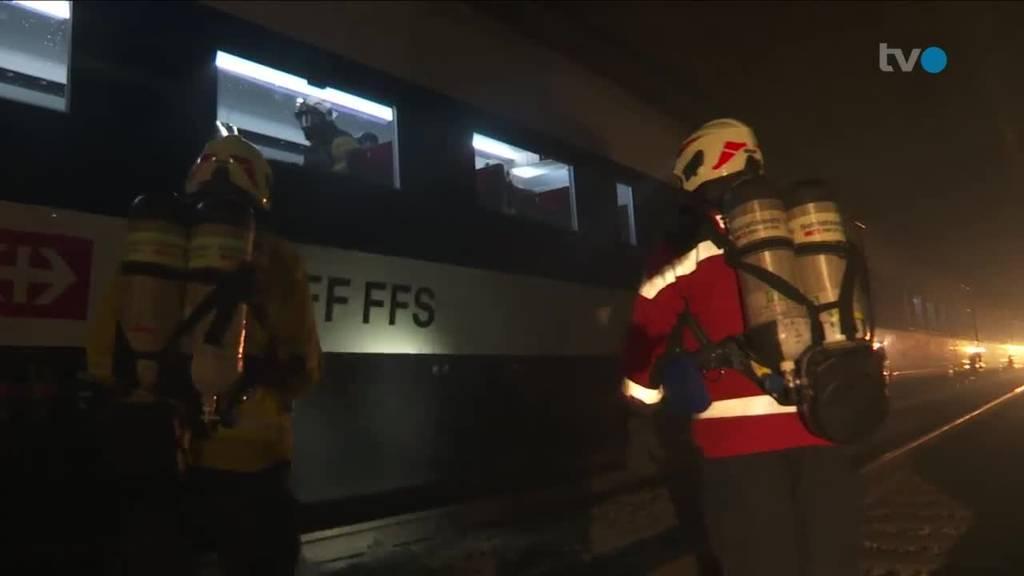Brand im Kerenzerbergtunnel – Einsatzkräfte üben Notfall