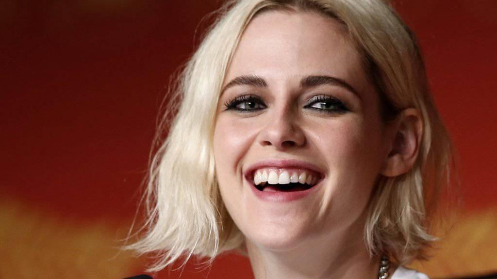 Glückselige Kristen Stewart: Die Schauspielerin hat die Liebe zu ihrer ehemaligen Assistentin öffentlich gemacht. (Archivbild)