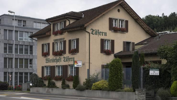 Urgrossvater Keller, Stationsvorstand von Dättwil, verwirklichte 1880 seinen Traum und baute ein Wohnhaus mit Wirtschaft.