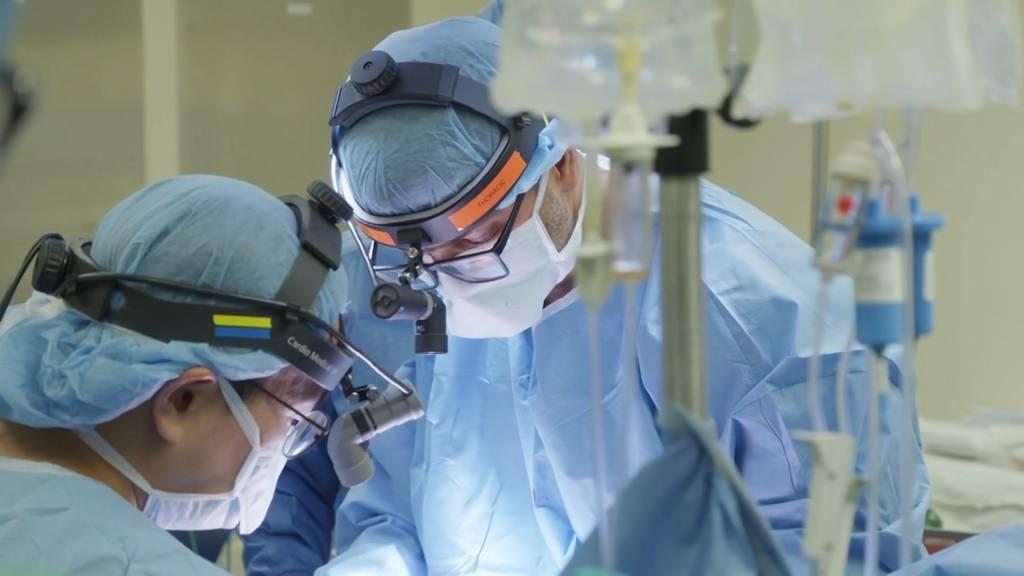 Chicago: Viruspatientin erhält doppelte Lungentransplantation