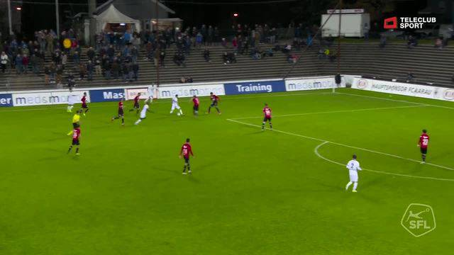 Challenge League 2018/19, Runde 12, FC Aarau - FC Wil, Schuss von Sandro Lombardi (FC Wil)