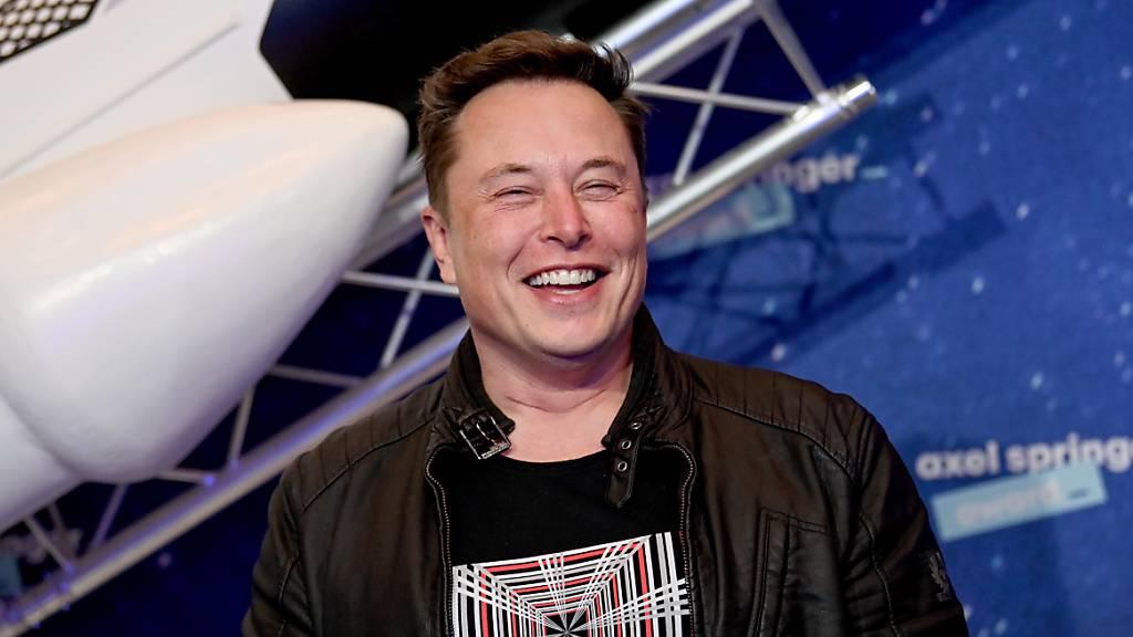Elon Musk ist nun reicher als Jeff Bezos. (Archivbild)