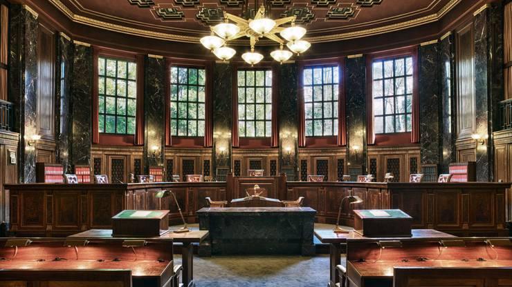 Das Bundesgericht in Lausanne: Es ist die höchste richterliche Behörde der Schweiz. 57 Richter kontrollieren die Rechtsprechung der drei anderen eidgenössischen Gerichte und jene der Kantone.