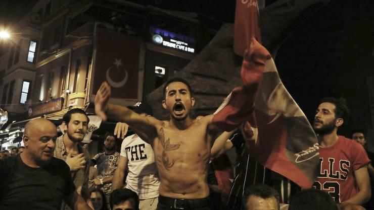 Die Anhänger der grössten Oppositionspartei CHP 54,21 Prozent der Stimmen.