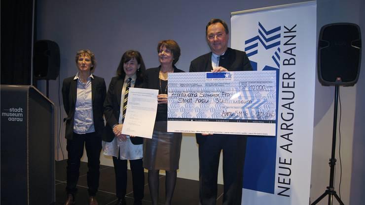 Preisübergabe vor Ort (v.l.): Kaba Rössler, Nicoletta Brentano-Motta, Jolanda Urech und Josef Meier Marina Bertoldi