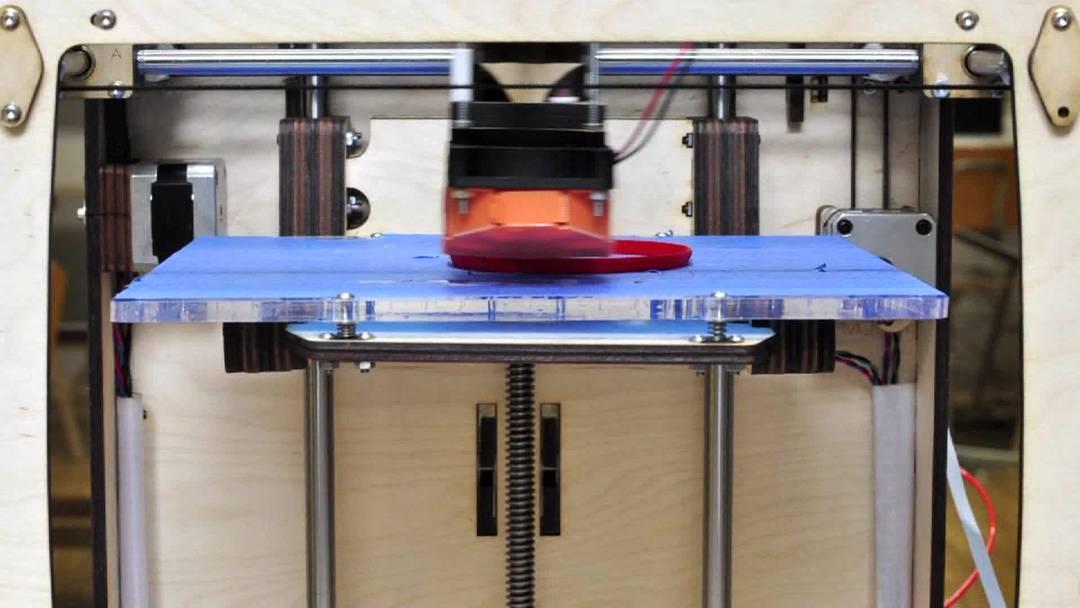 Hightech-Werkstatt «Fablab» in Luzern entwickelt den 3-D-Drucker fürs kleine Portemonnaie