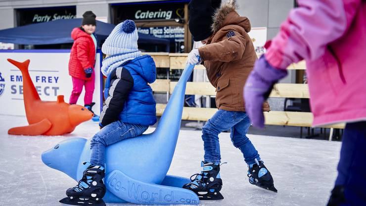 Das Eisfeld war für die Kleinsten eine Attraktion.