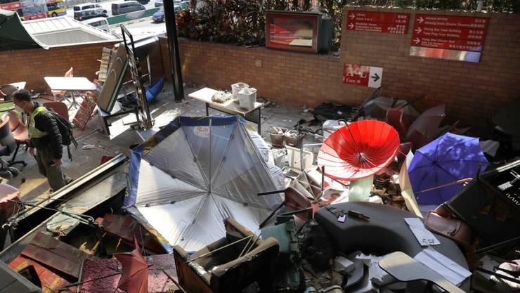 Der zum Teil verwüstete Campus der Polytechnischen Universität bleibt vorläufig geschlossen.