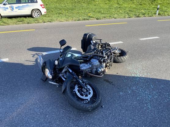 Der Motorradfahrer wurde leicht verletzt und ins Spital gebracht.