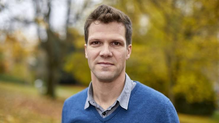Felix Reich, Chefredaktor von «reformiert», organisiert die Spiele des FC Religionen seit 2012.