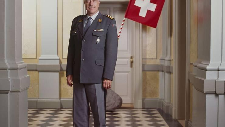 Die Armee muss sparen. Armeechef AndréBlattmann prüft deshalb neue Dienstmodelle.