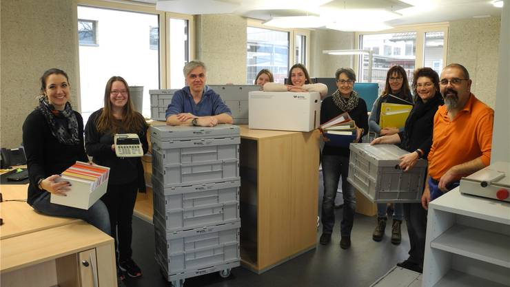 Das Team der Kanzlei Sisseln packte gestern die ersten Kisten in den neuen Büros aus.