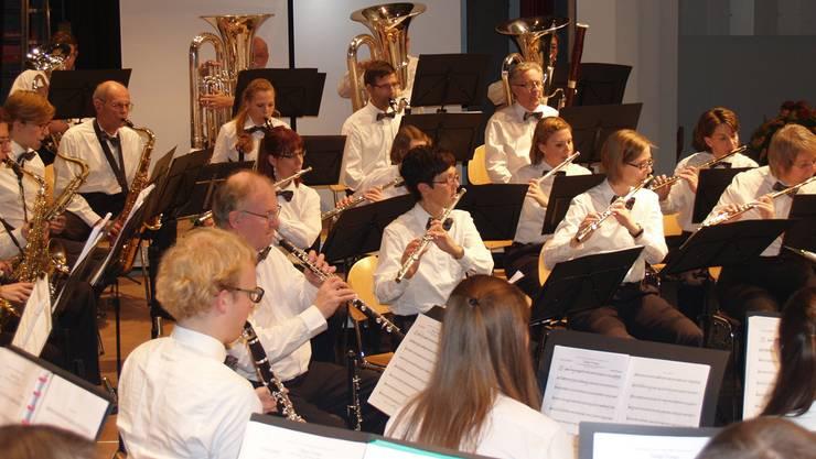 Die Stadtmusik ist gut aufgestellt. Die Perkussionsgruppe ist stark besetzt, die Klarinetten und Querflöten ebenso. WKW
