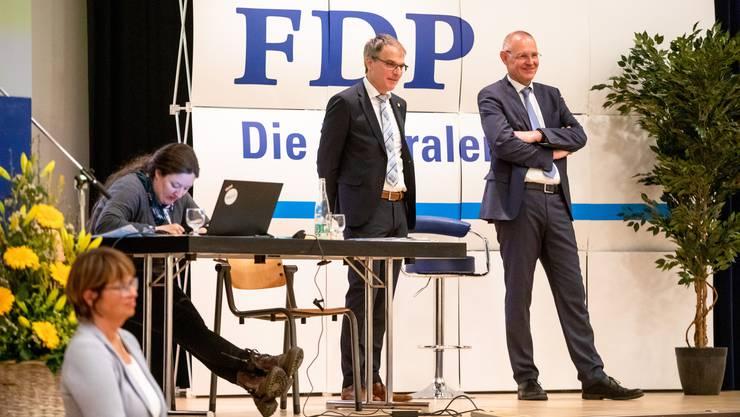 An der Delegiertenversammlung wurde Stefan Nünlist (rechts) als Ständeratskandidat nominiert. Daneben wurden auch noch die Nationalratskandidaten vorgestellt.
