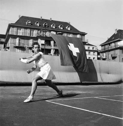 Sie war auch Schweizer Tennismeisterin.