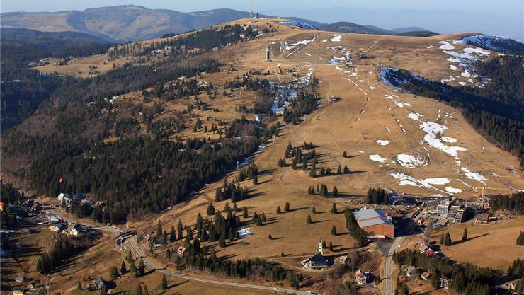 Auf dem Feldberg im Schwarzwald, dem am nächsten gelegenen Skigebiet, ist Skifahren zurzeit total unmöglich.