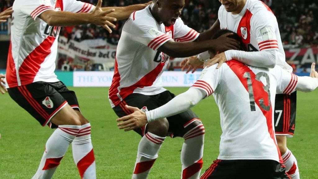 Die Spieler von River Plate jubeln über den Führungstreffer in der 72. Minute