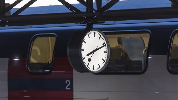 Zwischen der Station Zürich Hardbrücke und Bülach wird die S3 auch in Zukunft im Halbstundentakt verkehren. (Archivbild)