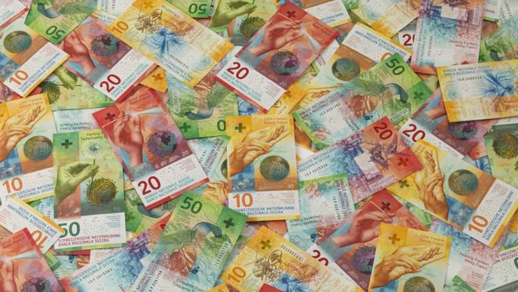 Der Bundesrat erwartet im kommenden Jahr einen Überschuss von 1,3 Milliarden Franken in der Bundeskasse. (Themenbild)