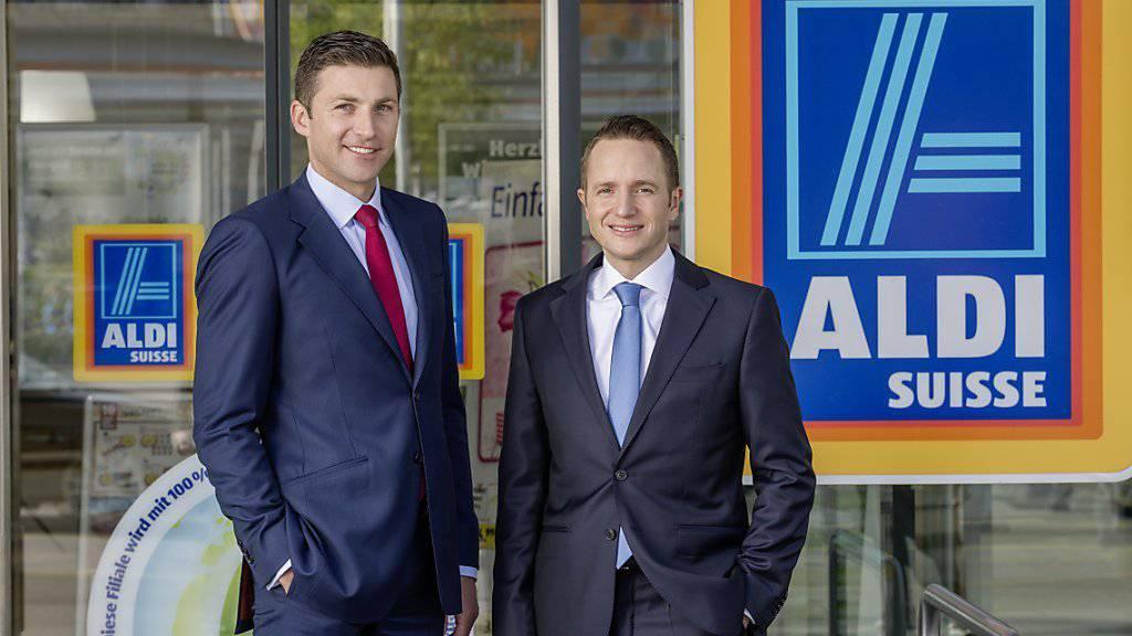 Timo Schuster, Chef von Aldi Suisse, (rechts) will das Filialnetz in den kommenden Jahren auf 300 Standorte ausbauen.