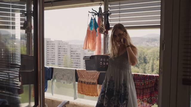 So sieht Barbara Erbs Wohnung beim «Bestatter» aus: Zuhause bei Reto Doerig in den Telli-Hochhäusern