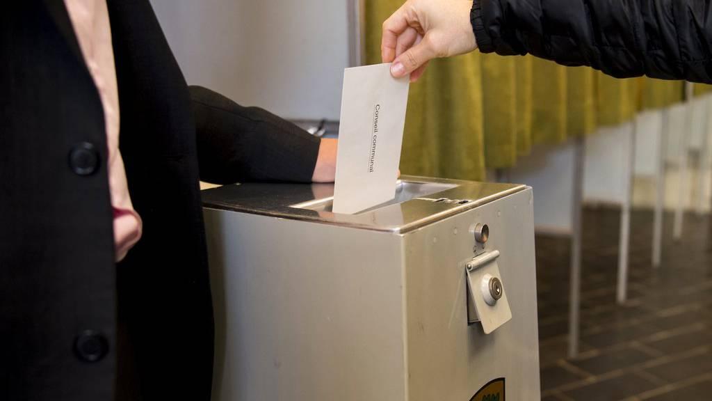 Domat/Ems vergisst Wahlzettel zu versenden. (Symbolbild)