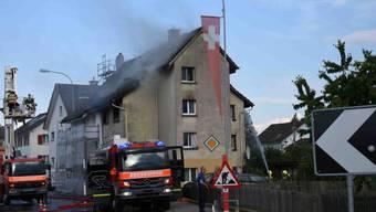 Beim Brand in einem Mehrfamilienhaus in Steinach SG gab es am Mittwochabend eine leicht verletzte Person. (Bild: Kantonspolizei St. Gallen)